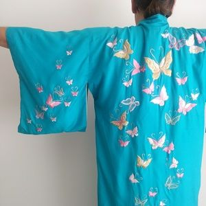 Vintage 50s embroidered butterfly kimono robe